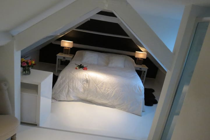 Place To Be II - Naarden - Bed & Breakfast