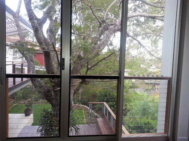 2BD Executive treehouse apartment