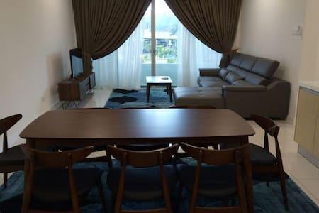 Epic Serviced Apartment @ Larkin JB - Johor Bahru - Huoneisto