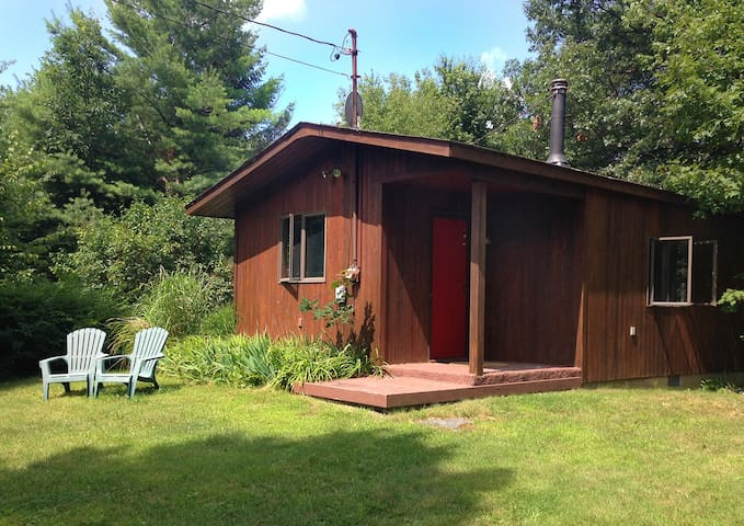 Secluded and private artist studio near Rhinebeck