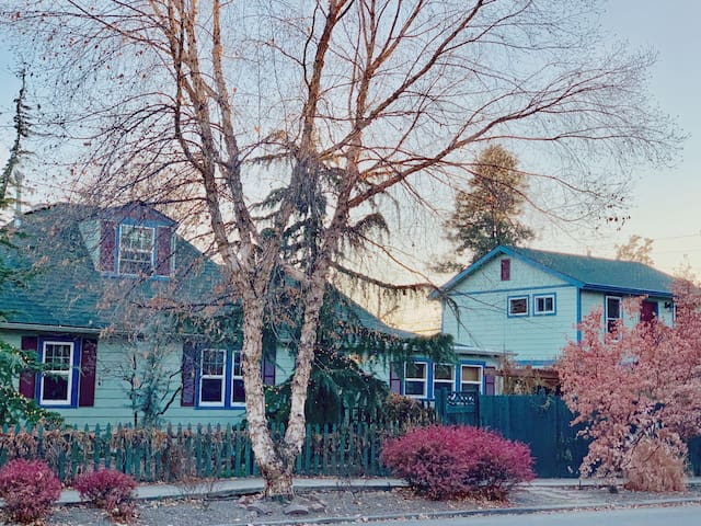 "Enjoy Boise's Best Located ""Penthouse"" Studio!"