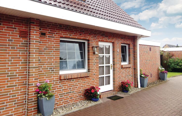 Terraced house with 2 bedrooms on 80m² in Wittmund/Altfunnixsiel