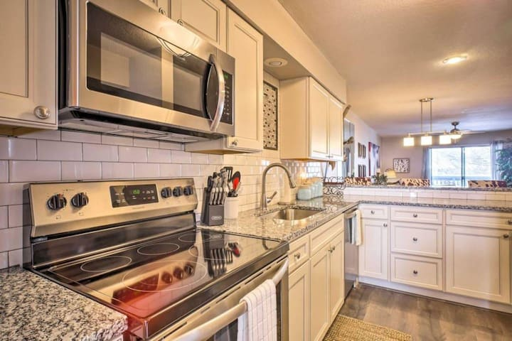 Branson · Best of Branson!  New, 2BED!  CLOSE TO SDC, Strip & Table Rock