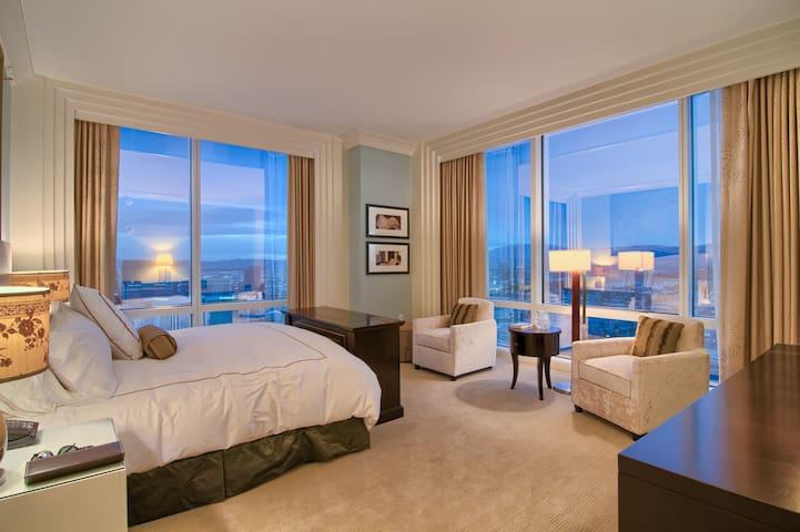 1 Bedroom Trump International Hotel CES