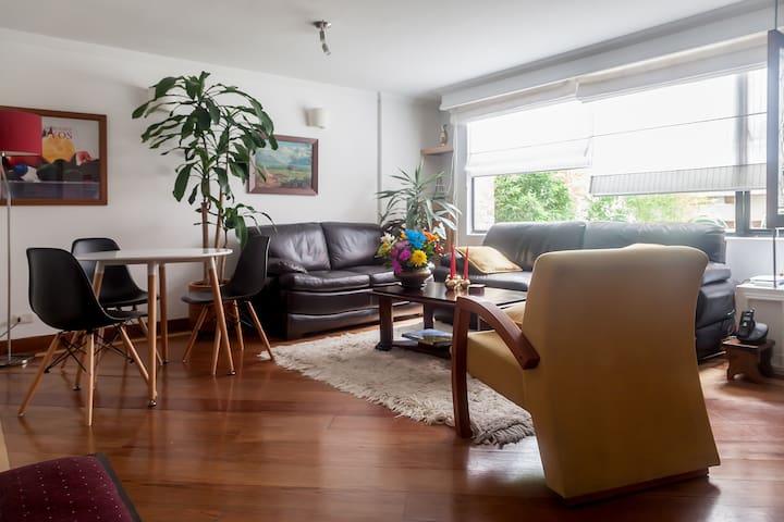New Peaceful Private Room & Bath / Best Location - Богота - Квартира