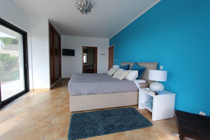 Ocean front modern villa with amazing view/allyear - Aljezur - Villa