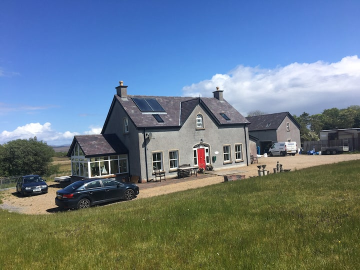 1 house -fermanagh /donegal border (Belleek-Bshnon