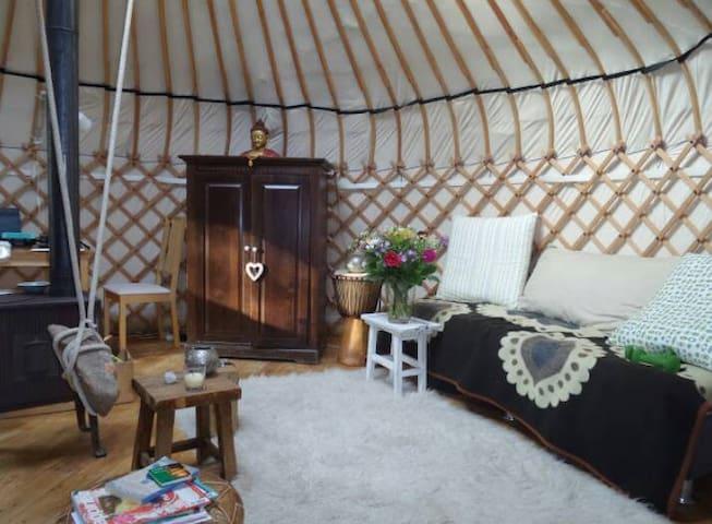 Authentieke Yurt, in de natuur | Aanbevolen! - Laag-Soeren