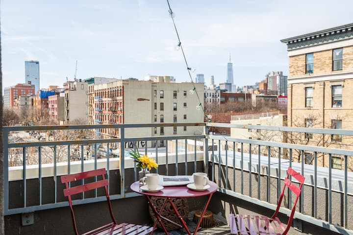 Roofdeck oasis, private entrance, NO CLEANING FEE!