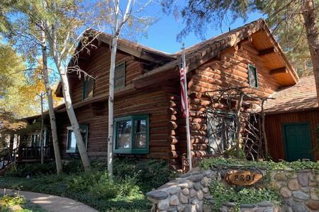 Entire Loft Suite in Granite Lodge