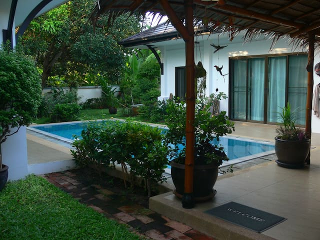 Private Asian style pool villa near Hua Hin