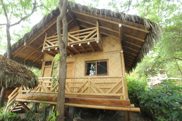 Casa de Bambu Ayampe