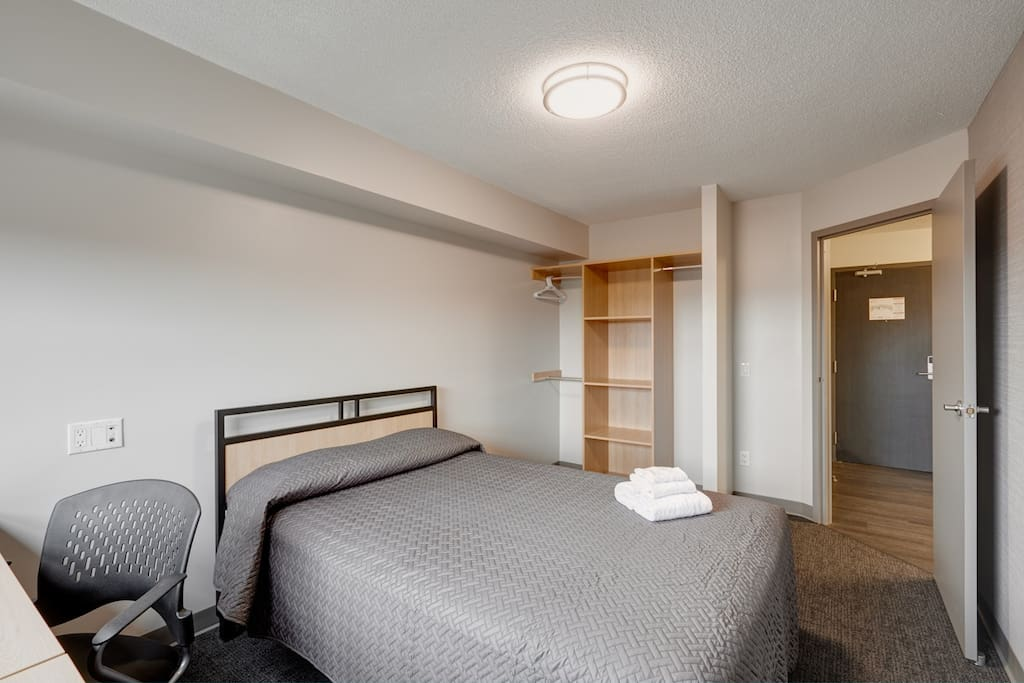 2 Bedroom Furnished Apartment Unit In Toronto Ontario Canada