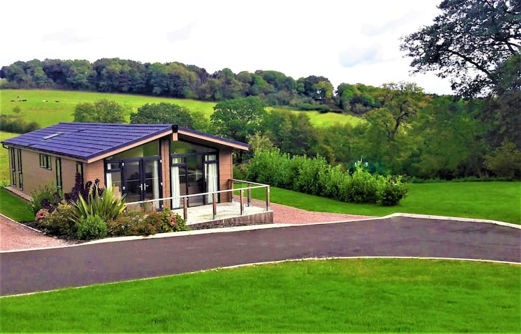 Stunning New Luxury Lodge  On A Private Estate