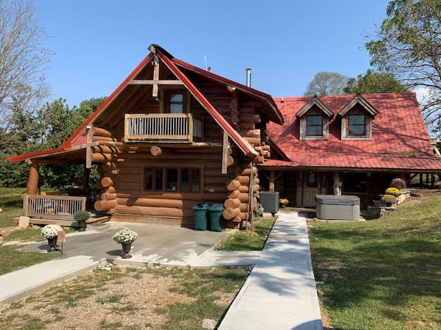 Polished Rustic Cabin on 125 Acres! Fishing Hiking