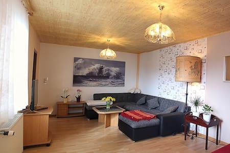 Moderne Wohnung in 150-jährige Bauernhaus - Amt Neuhaus - Lägenhet