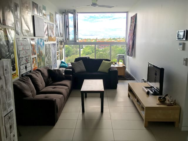 Modern One Bedroom Apartment - Central Brisbane - South Brisbane - Apartment
