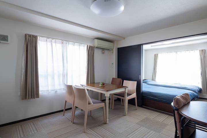 #302【Neat and clean room】Free parking lot + Wi-Fi