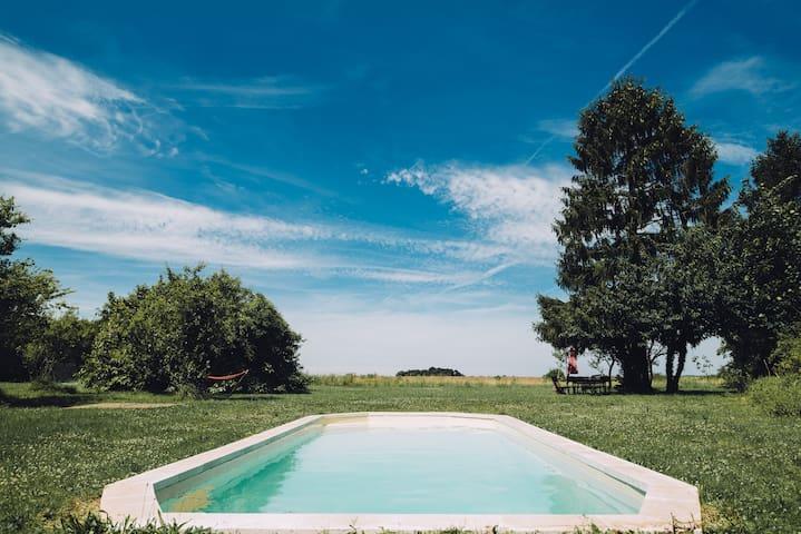 La maisons d'amis avec piscine à Rocquemont - Crépy-en-Valois - House