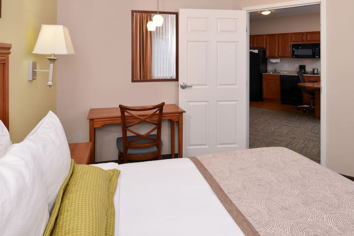 Boise Extended-Stay Hotel
