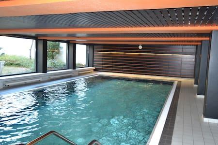modernes 2-Zimmer-Apartment (60qm) mit Schwimmbad - Erkrath