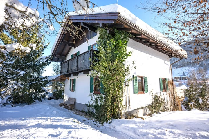 Sunny holiday chatlet with mountain view **new** - Going am Wilden Kaiser - Casa
