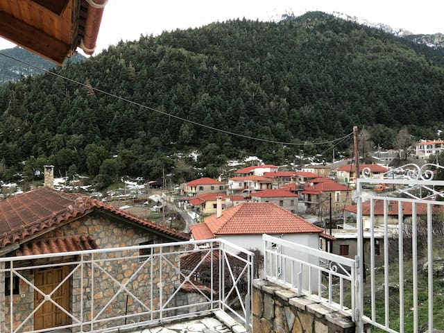 Lafka's view -  North Korinthia