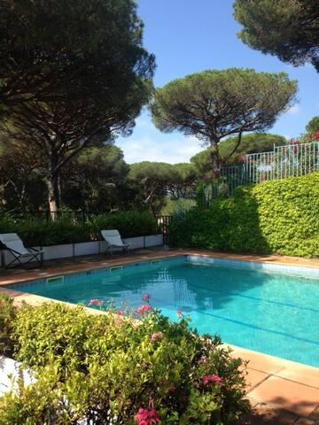 Appartement avec jardin privatif, Saint-Tropez - Saint-Tropez - Condominio