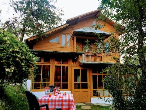 Casa Spiridon, Bughea de Jos, Arges