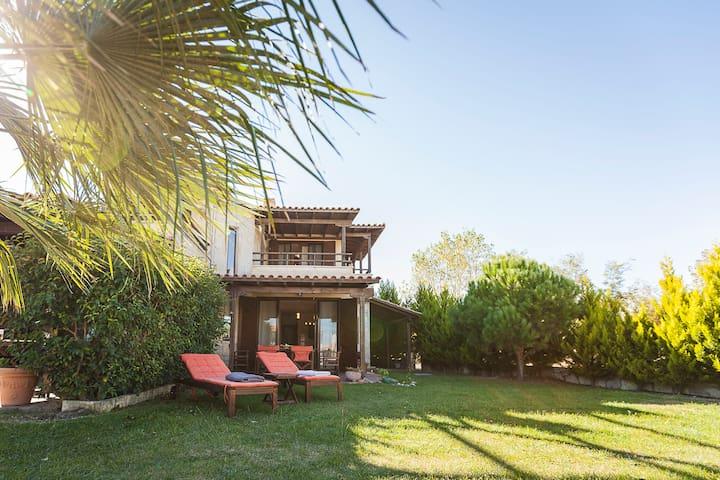 #FLH - Topaz Villa (3BD) - Afitos Hidden Gems