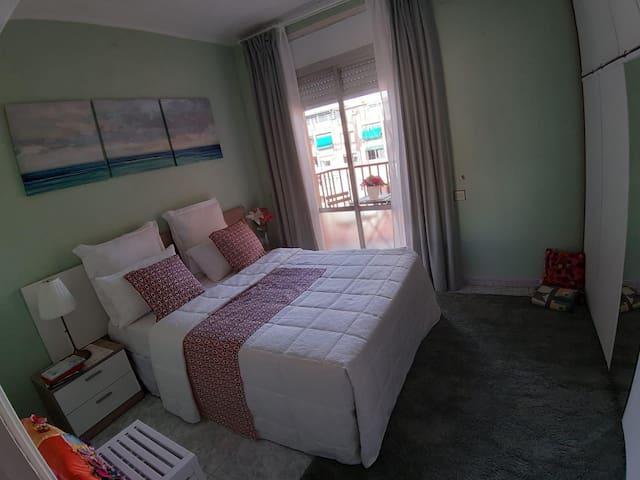 Habitación confortable a 10 minutos de aeropuerto