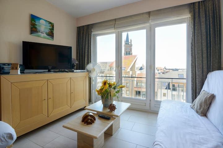 Simplistic Apartment in Blankenberghe near Belgium Pier