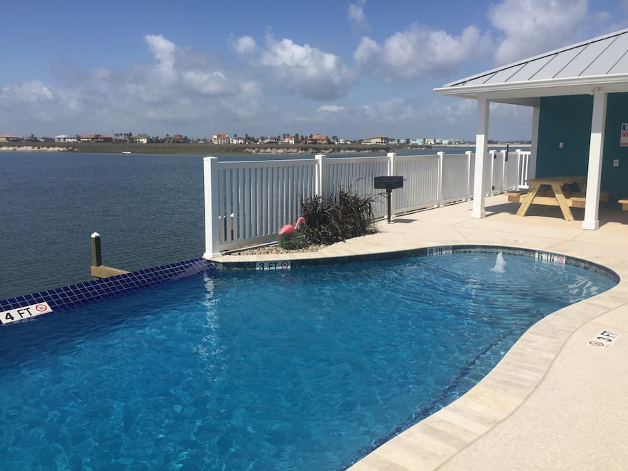 Pool With Grilling, Picnic Area, view of docks and water.