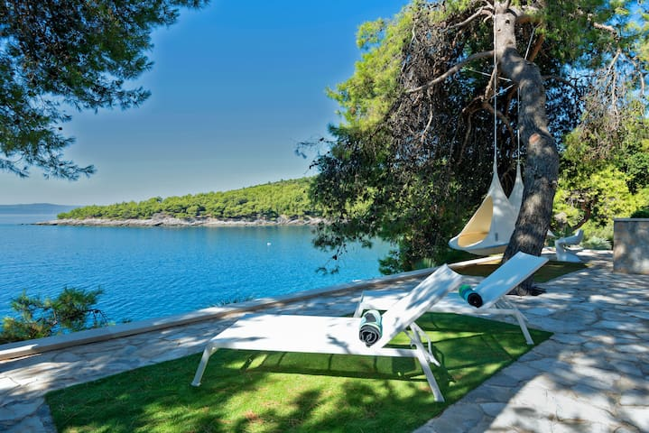 Ultra Luxury by the Sea Croatia - Sumartin - 別荘