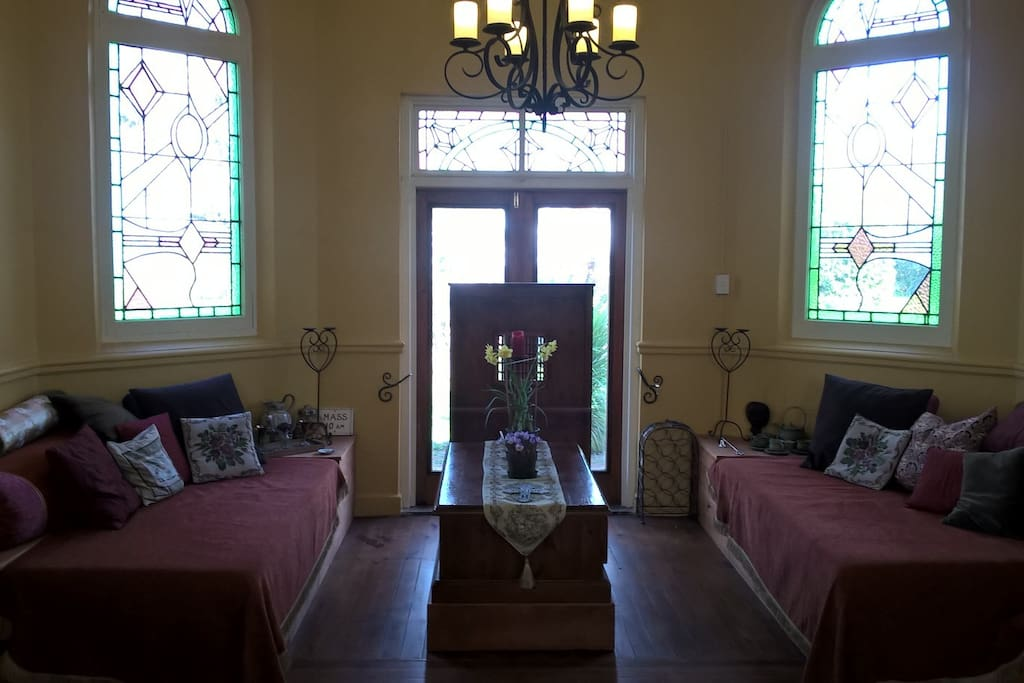 Lounge area in altar offers 2 twin beds