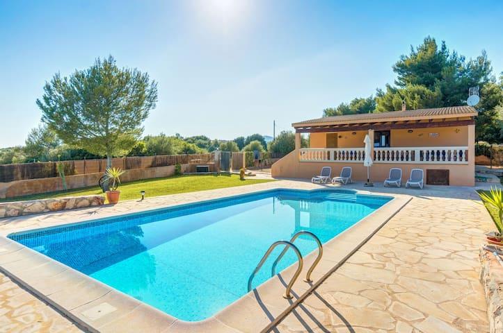 Vacances à la campagne idylliques avec piscine - Villa Can Pota