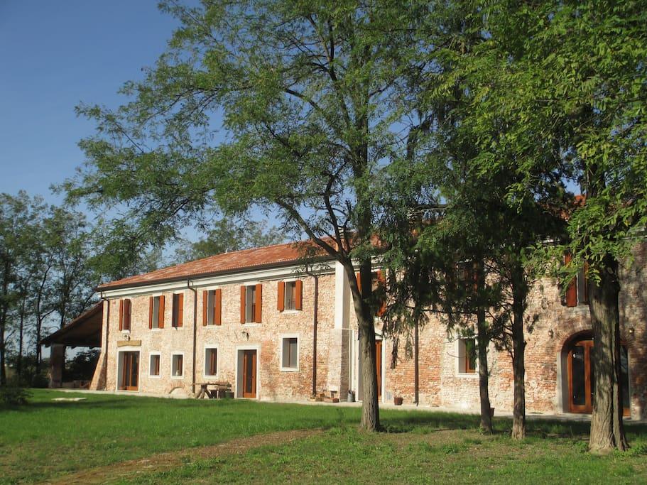 Antico Mulino Del 500 Nella Pianura Veronese Bed