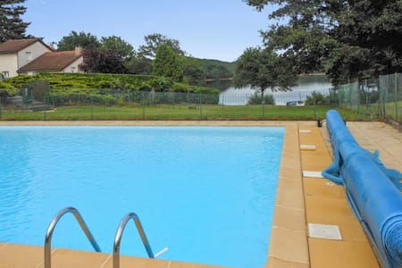 Comfortable chalet with swimming pool - Saint-Gérons