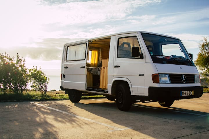 "CamperVan ""Stella"": road & surf trip ready 