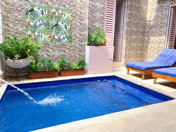 Private house in Getsemaní 5 rooms large groups