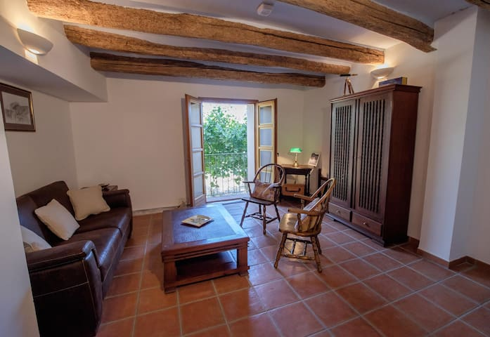 Casa Petita Townhouse Miravet