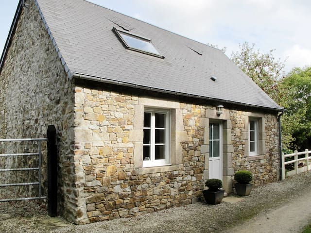 Holiday home in Le Vretot - T.402