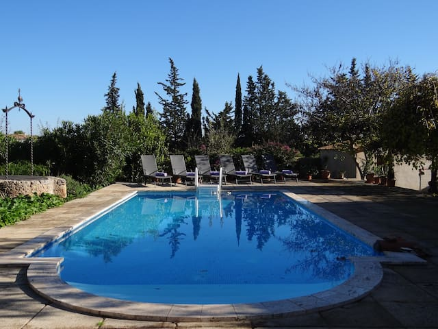 Pretty villa with heated pool in beautiful Biniali - Biniali - Casa