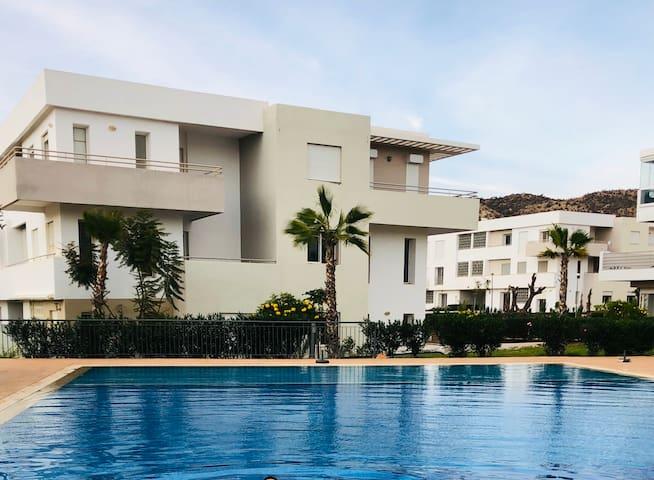 Luxury Beach Apartment tafoult-Imi ouaddar- pool
