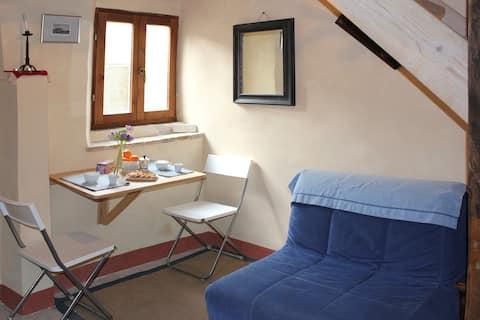 Zweizimmerwohnung im Dorf Casperia