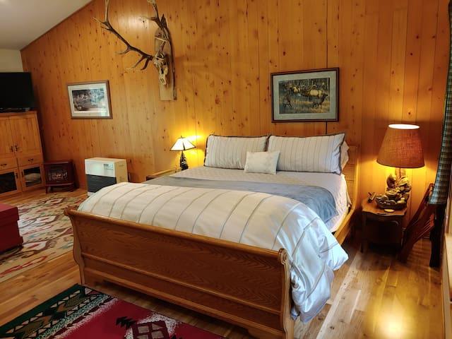 Sweet Elk Suite  Expert Advice on Wildlife & Photo