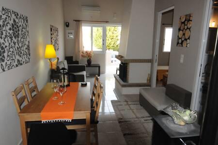 ROSSA APARTMENTS - Agii Apostoli - Apartment