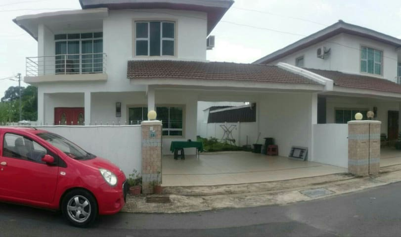 New house, fully furnished. - kampong Mulaut