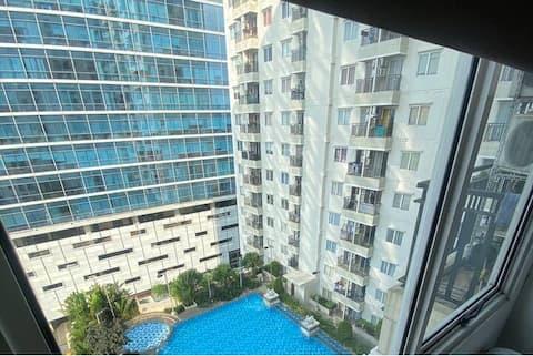 Pool view & Strategic Apartment at South Jakarta