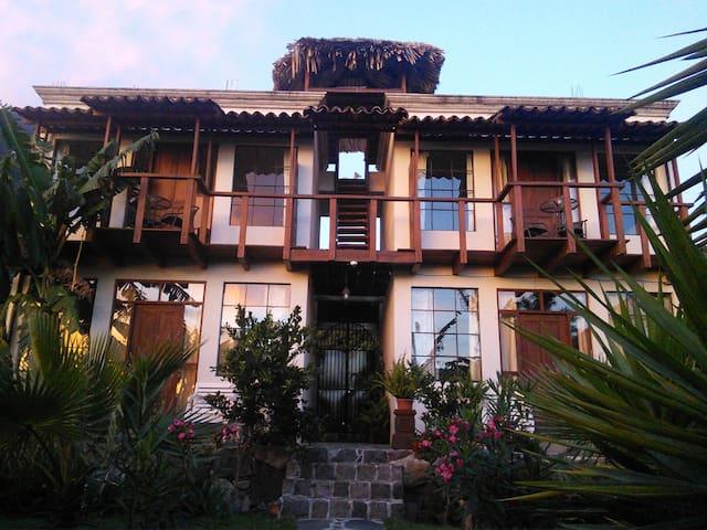 LA TORRE 2 CASA LOBO - San Pedro La Laguna - 一軒家